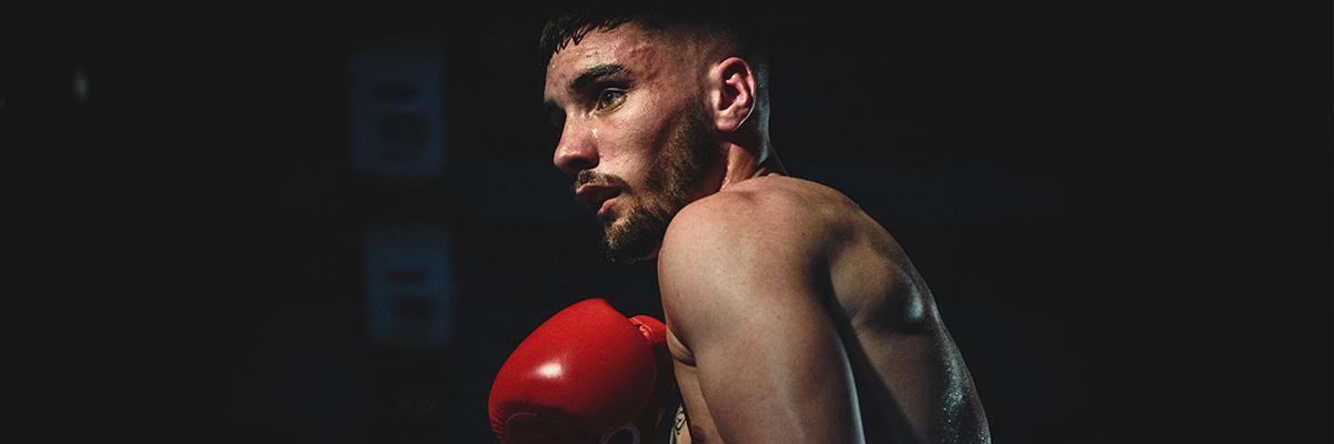 Gants de boxe de compétition : les détails qui font la différence