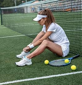 Quelles chaussures de tennis quand on a des douleurs ?