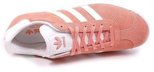 chaussures adidas femme gazelle rose