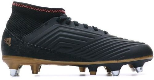 Achetez Chaussure Predator 18.1 Terrain gras noir adidas